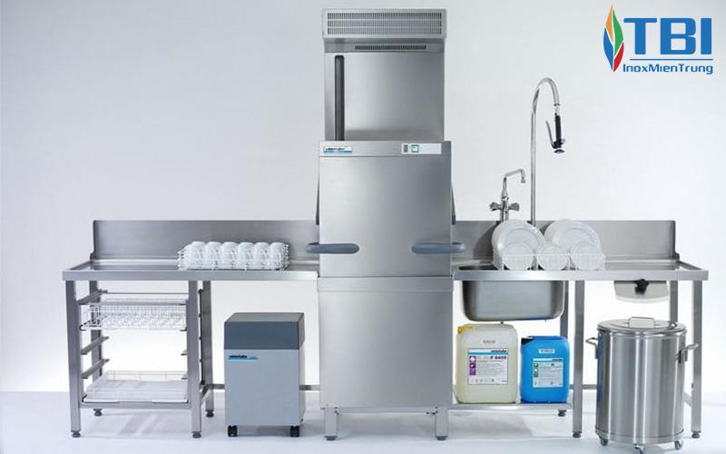 Những-tính-năng-nổi-bật-máy-rửa-bát-băng-chuyền-DRC-1E